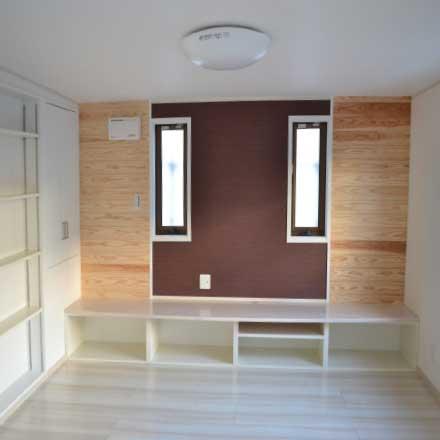 造り付けの壁面収納例2
